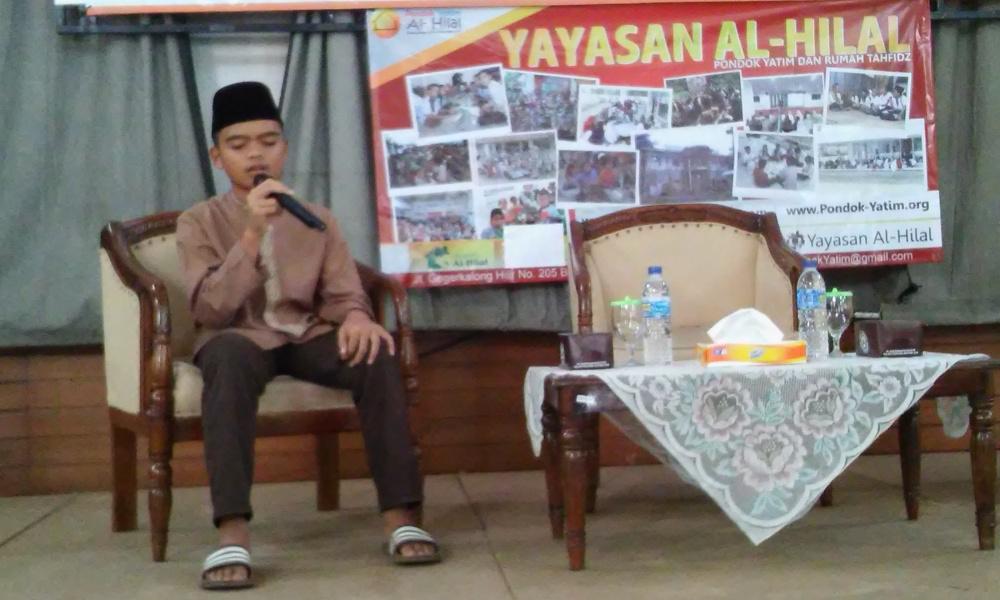 Laudya Cynthia Bella Wakaf Quran Emas ke Anak Yatim al-Hilal 4