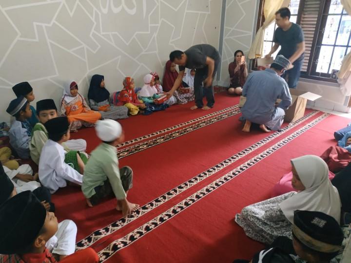Kunjungan Donatur Ke Pesantren al-Hilal 3