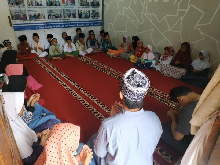 Kunjungan Donatur Ke Pesantren al-Hilal 2