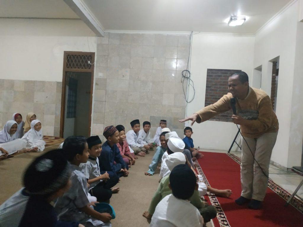 Mewarnai dan Sharing Motifasi Bersama Santri al-Hilal 3 1