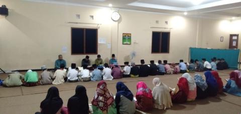 Pengajian di Pesantren al-Hilal Cililin
