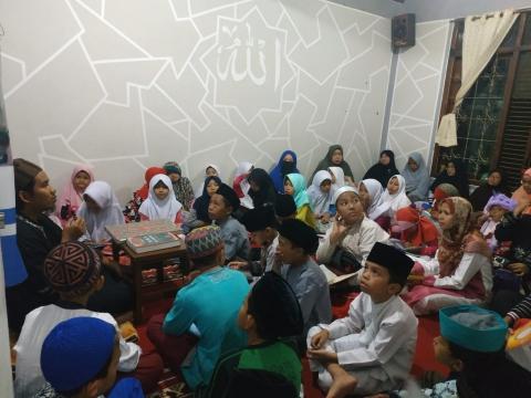 Pengajian Rutin Malam Jum'at di Pesantren al-Hilal 2