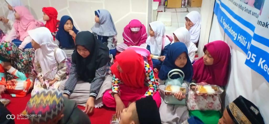 Santunan Dari Dari Alumni SMA 1 Bandung 3