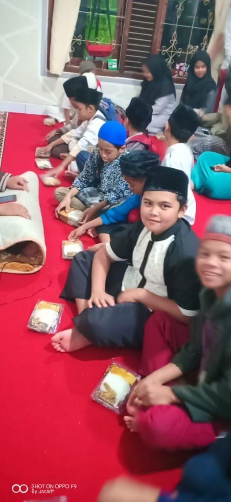 Santunan Dari Dari Alumni SMA 1 Bandung 1