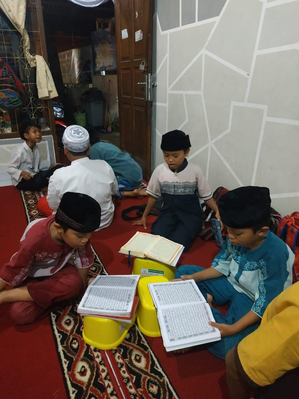 Setoran dan Sima'an Hafalan Quran Sesama Santri 3