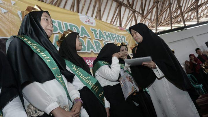 Wisuda Akbar Tahfidz al-Hilal ke-3 3