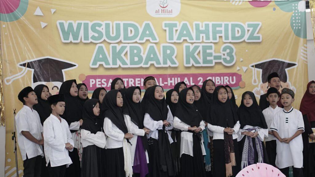Wisuda Tahfidz Akbar ke 3 Pesantren Al Hilal 2 Cibiru 1