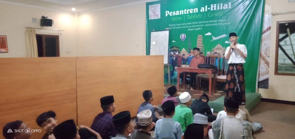 Muhadoroh Sarana Latihan Da'i Bagi Santri Yatim Al Hilal 2