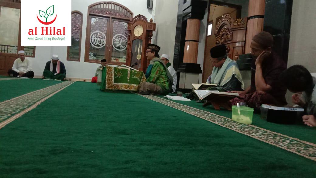 Santri  Yatim dan Santri tahfidz Al Hilal Ikuti Kajian Tafsir Jalalain 3