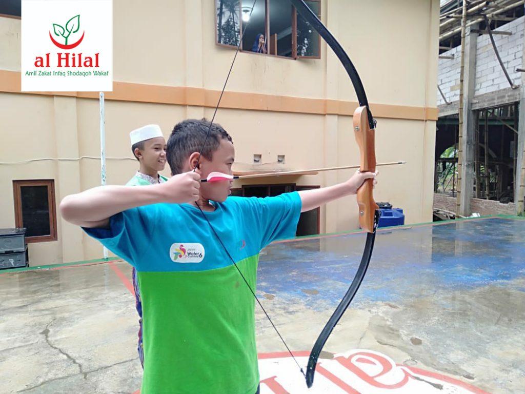 Santri Yatim dan Tahfidz Al Hilal Hidupkan Olahraga Memanah 1