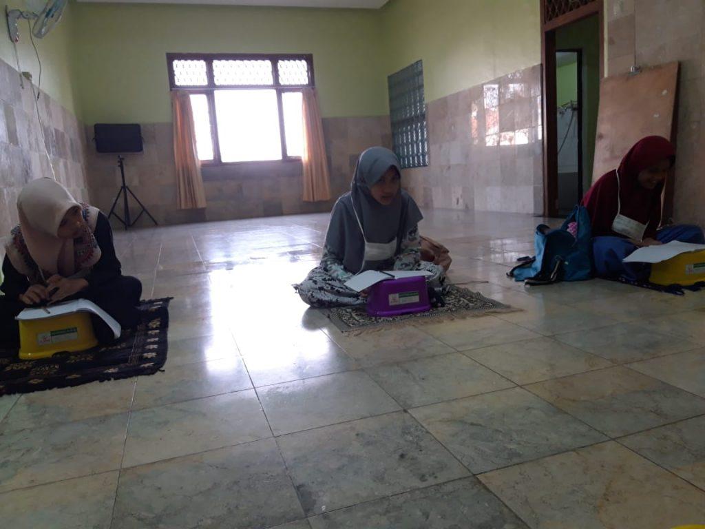 Meningkatkan Pengetahuan Al-Qur'an dengan Mengikuti Pengajian Rutinan 2