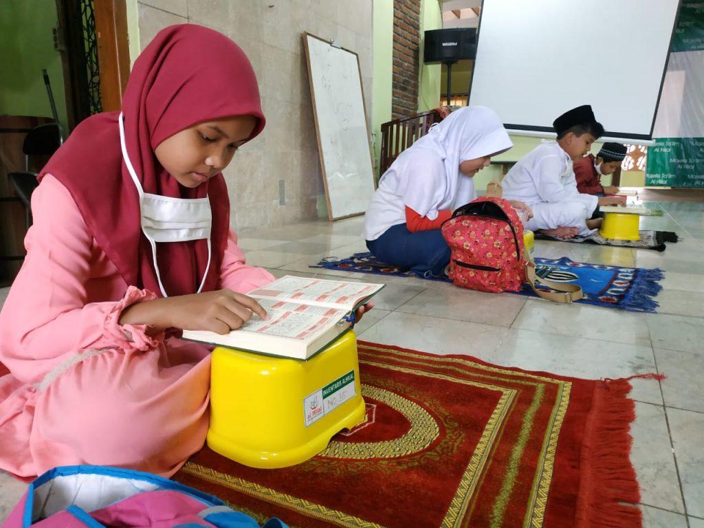 Aktivitas Muraja'ah Bersama di Pesantren Al hilal 2