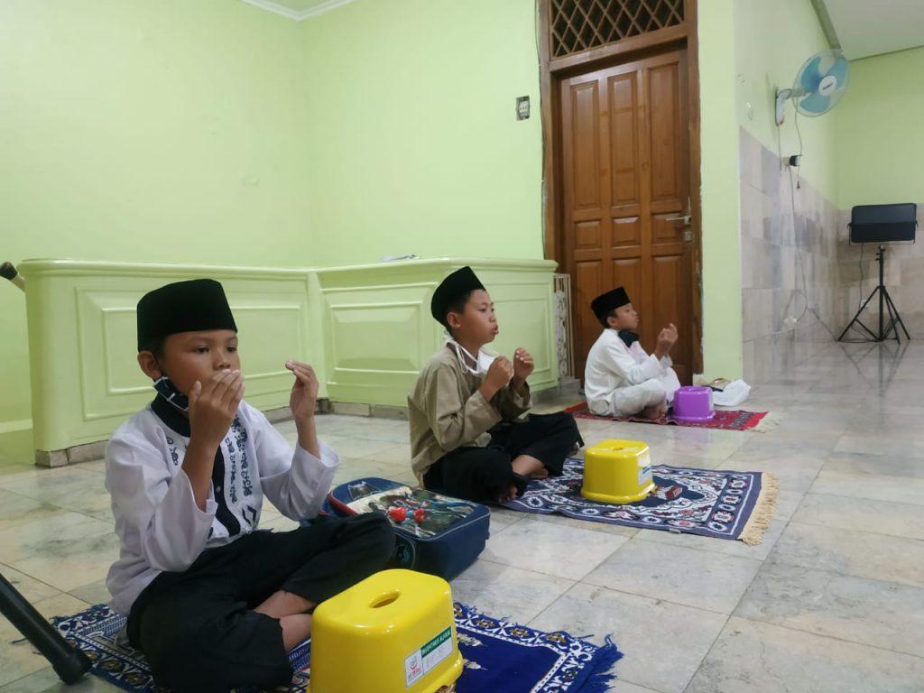 Kegiatan Muraja'ah Bersama di Pesantren Al Hilal 1