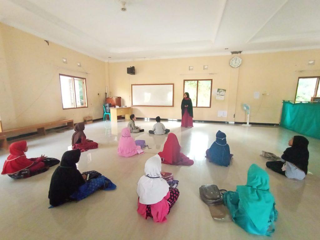 Kegiatan Muraja'ah Bersama di Pesantren Al Hilal 4