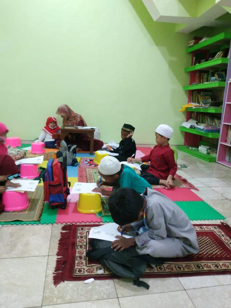 Kegiatan Do'a Bersama di Pesantren Al Hilal 2
