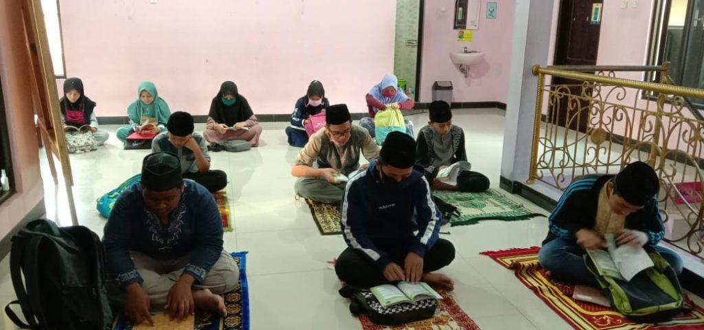 Do'a Bersama di Pesantren Al Hilal 