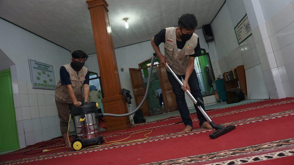 GEBYAR MUHARRAM 1442 H GSCM Gerakan Santri Cinta Masjid 5