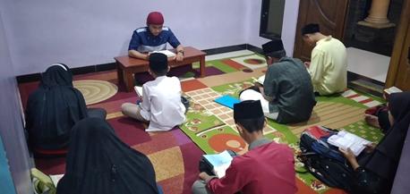 Menjaga Setoran Quran Ala Santri 1