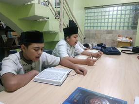 Menjaga Setoran Quran Ala Santri 2